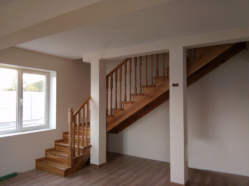 scari-interioare-pe-vanguri(2)