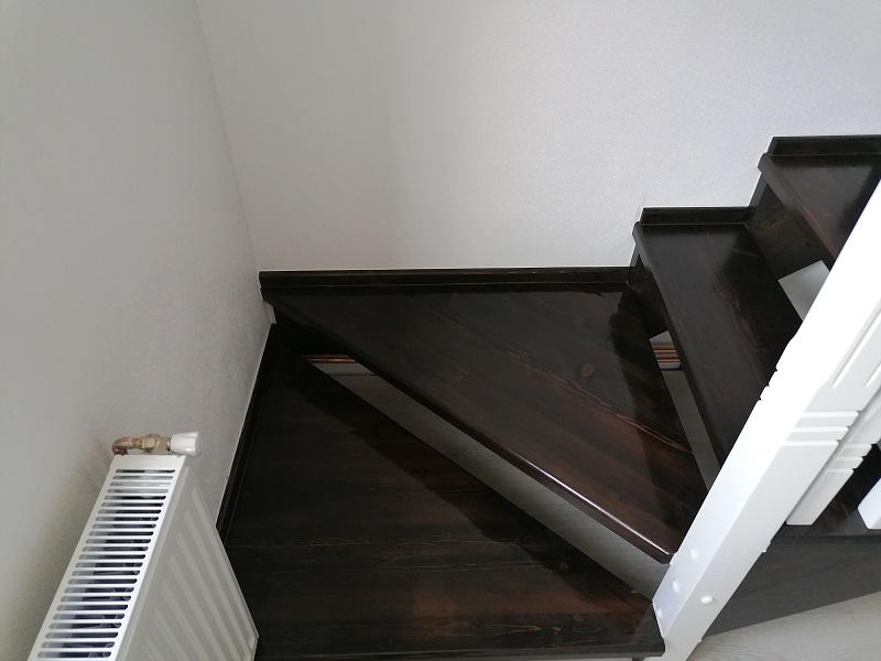 scari pe vanguri – scari interioare (6)