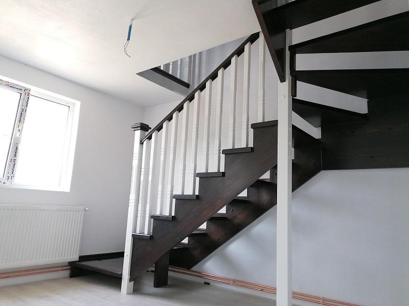 scari pe vanguri – scari interioare (9)